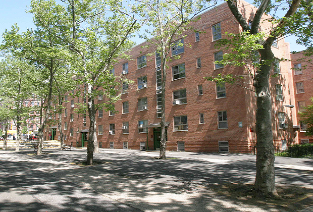 Harlem River Houses